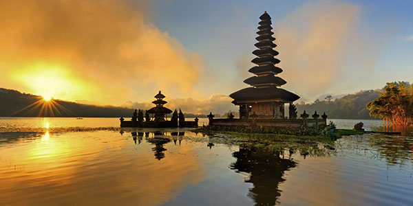 Din Travel Guide: En introduksjon til Bali, Indonesia