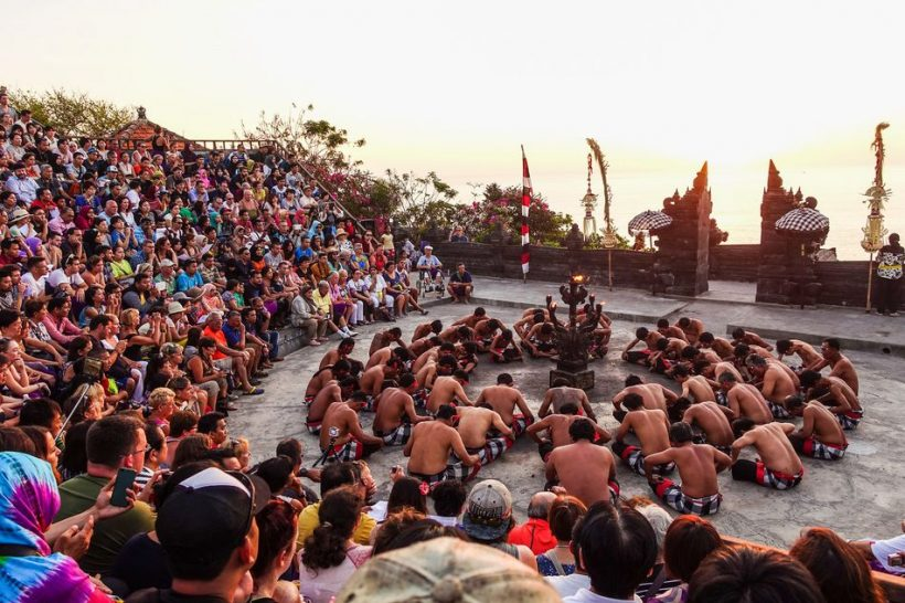 Pura Luhur Uluwatu a Kecak and Fire Dance
