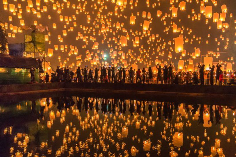 Yi Peng і Лойкратхонг Фестивалі в Таїланді