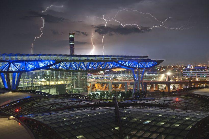 Bangkok Matkaopas: Suvarnabhumin lentokenttä Bangkokissa