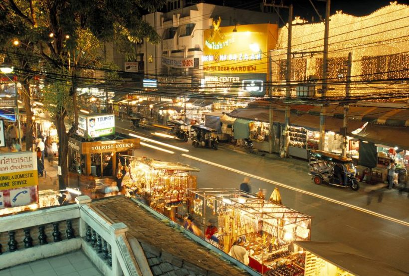 Night Bazaar de Chiang Mai: Le guide complet