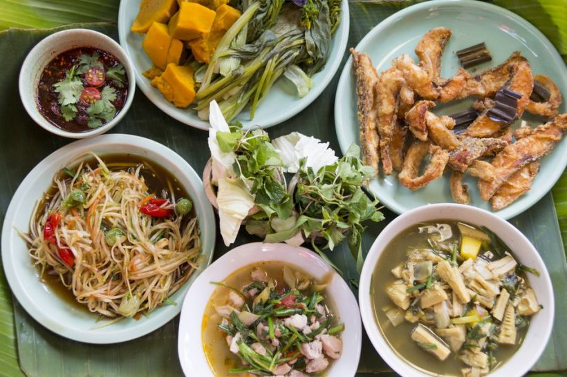 Tayland'ın En Popüler Bölgesel Cuisine: Tayland içinde Isan Gıda Rehberi