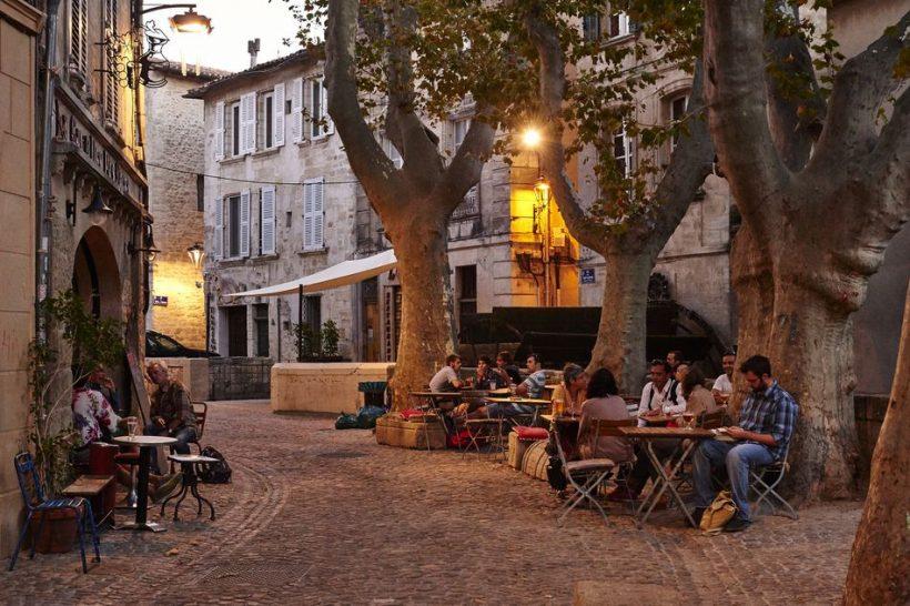 Франция и Париж през юли: Фестивали, Летни Продава, хранене на открито, както и Голямата Времето