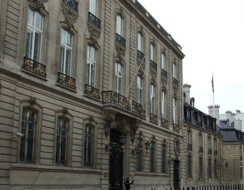 Guide des ambassades à Paris: ce que les visiteurs doivent savoir