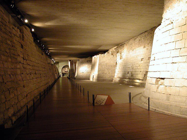 Una breve historia del Louvre: Datos Intrigantes