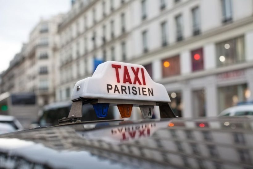 At tage en taxa til og fra lufthavne i Paris: Er det det værd?