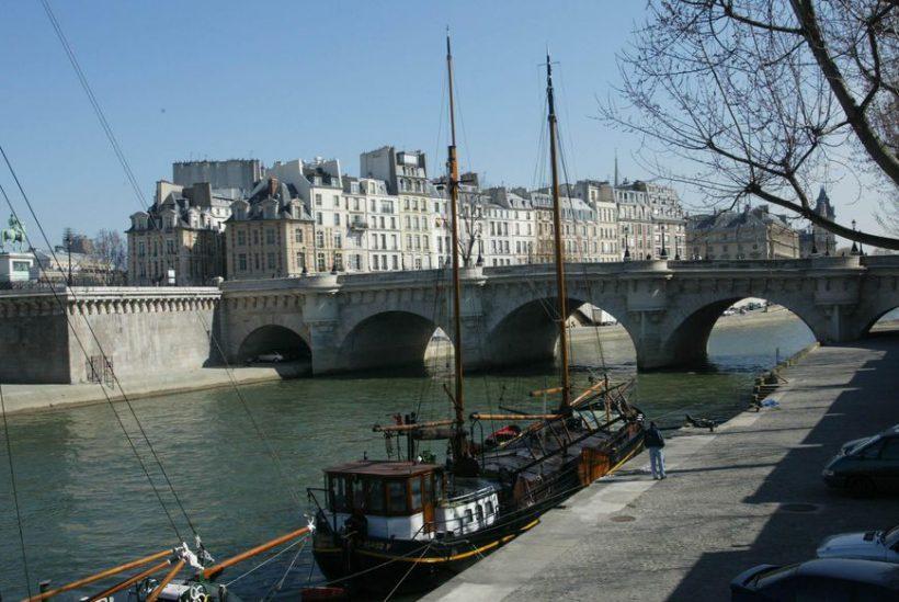 5 Βασικές Πράγματα που πρέπει να κάνετε πριν την κράτηση ενός ταξιδιού στο Παρίσι