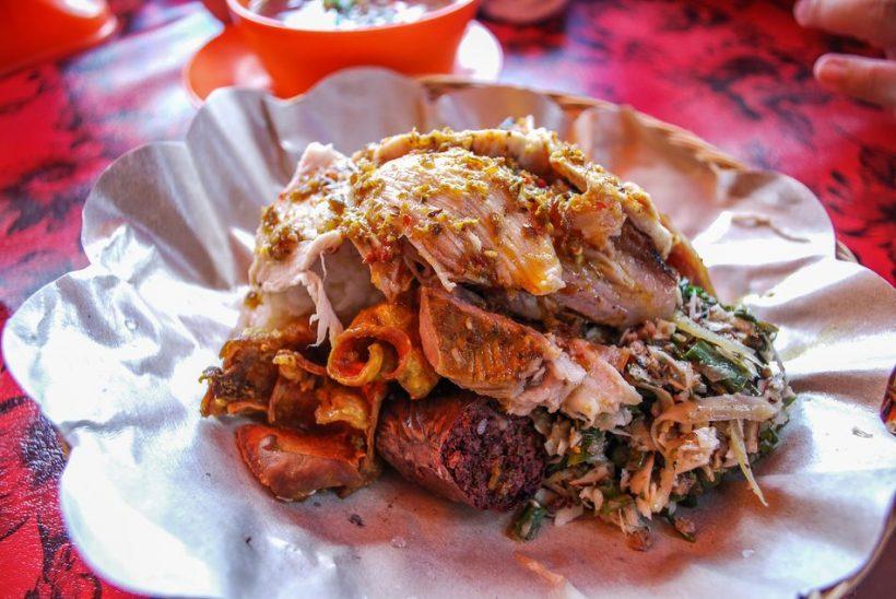 Warung Ibu Oka: aito balilaista illallisella