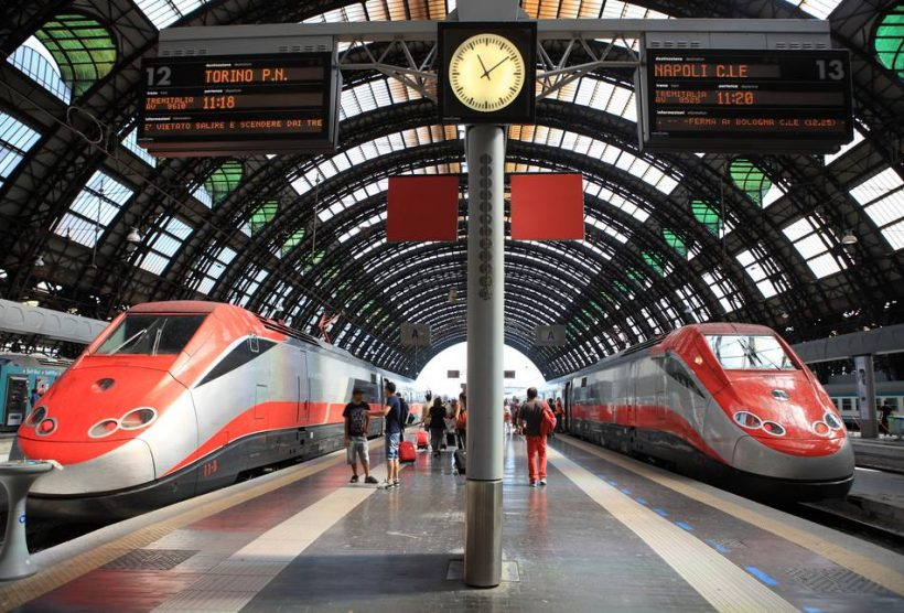 Kom omkring Italien på offentlig transport