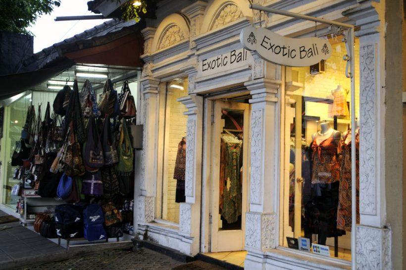 Vše o Nakupování v jižní Bali – center, trhy a ulice Obchody ve městě Kuta, Denpasar, a jinde
