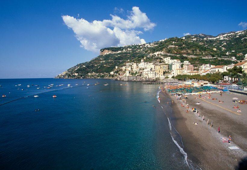 Nyári utazási Olaszországban - A Guide to megtapasztalása olasz élelmiszer, fesztiválok, és strandok
