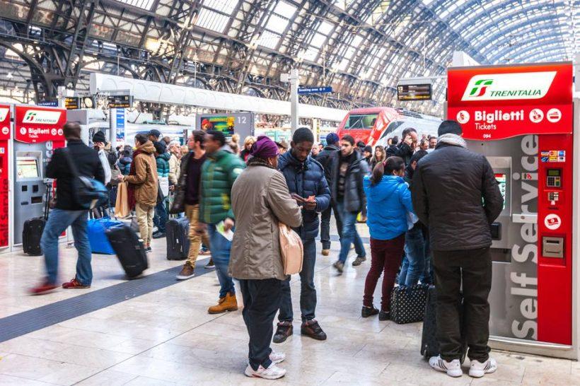 Kiedy powinienem kupić bilety na pociąg do Włoch?