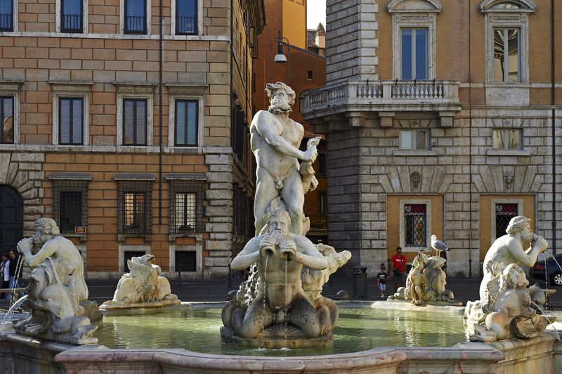 Fontana del Moro - Fountain of the Moor