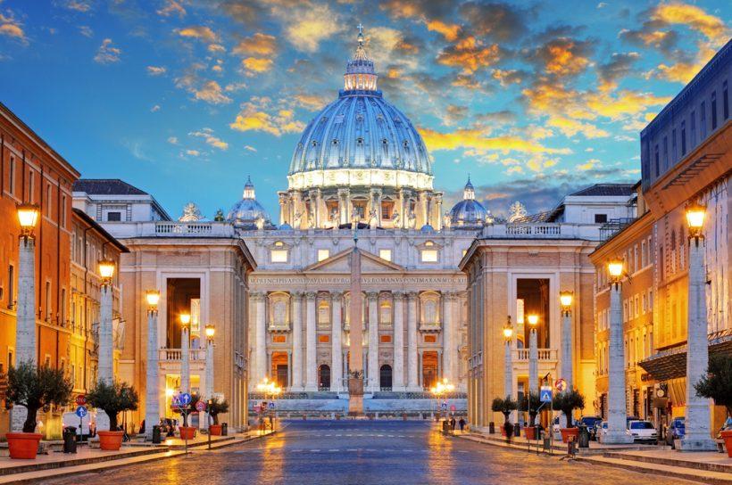 Jak k návštěvě baziliky svatého Petra ve Vatikánu