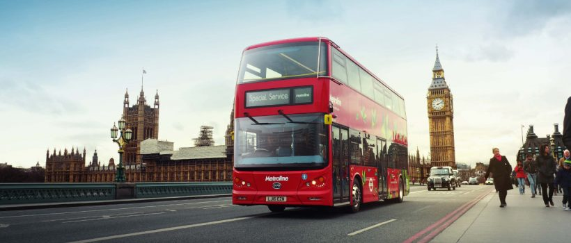 Jazda londyńskich piętrowych Buses