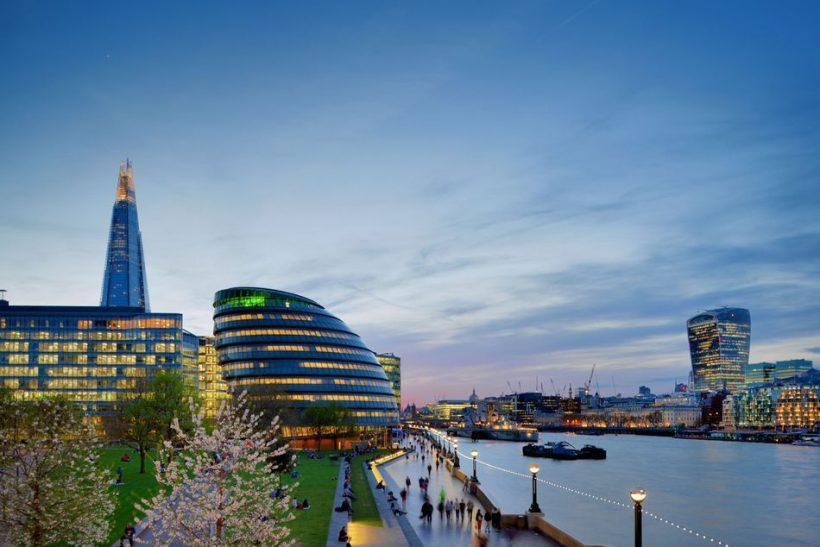 Lahko v Londonu: Vreme, Kaj Pack, in kaj videti