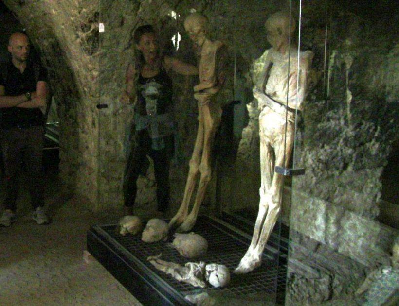 Videti mumije in okostnjaki v Italiji