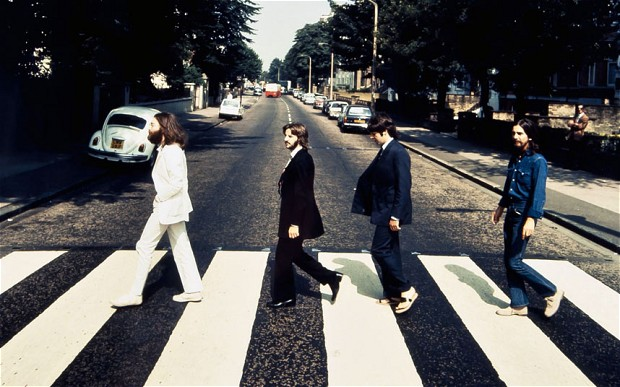 Nasıl Londra'da Abbey Road Crossing almak