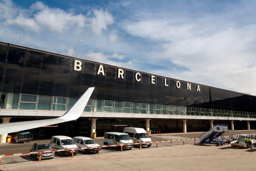 Opas lentokentät Barcelonan lähellä