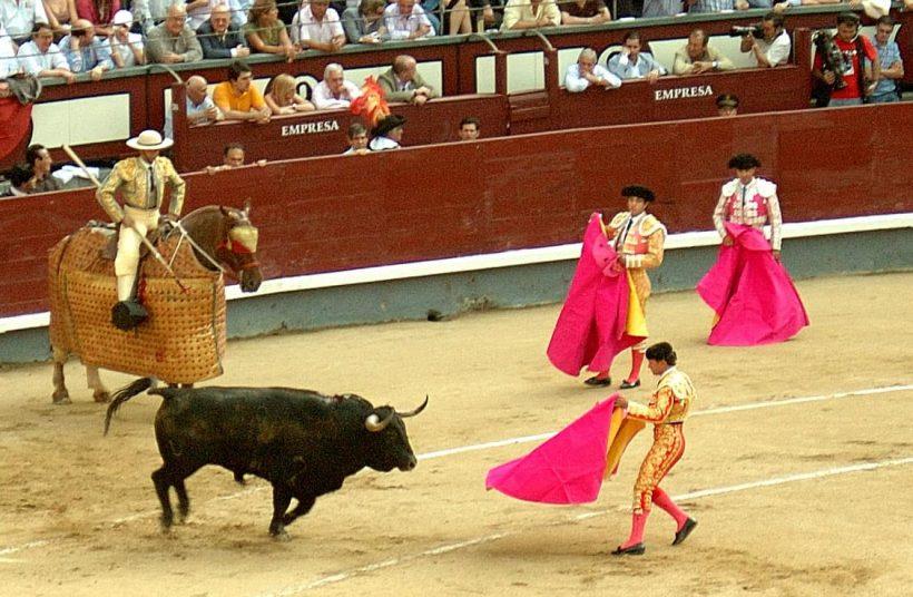 Gdzie można znaleźć Korridy koło Barcelona