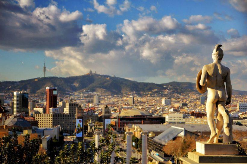 Januar i Spania: Været, hva du skal pakke, og hva du skal se