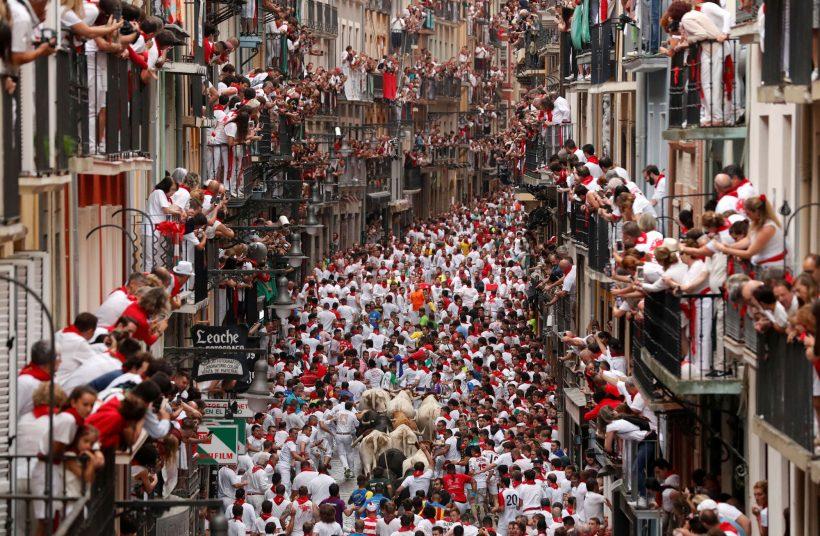 İspanya'da Temmuz: Hava, paketi ne ve ne görmek için