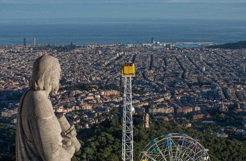 A legjobb kilátás nyílik Barcelona, Spanyolország – Lásd a várost egy új szöget