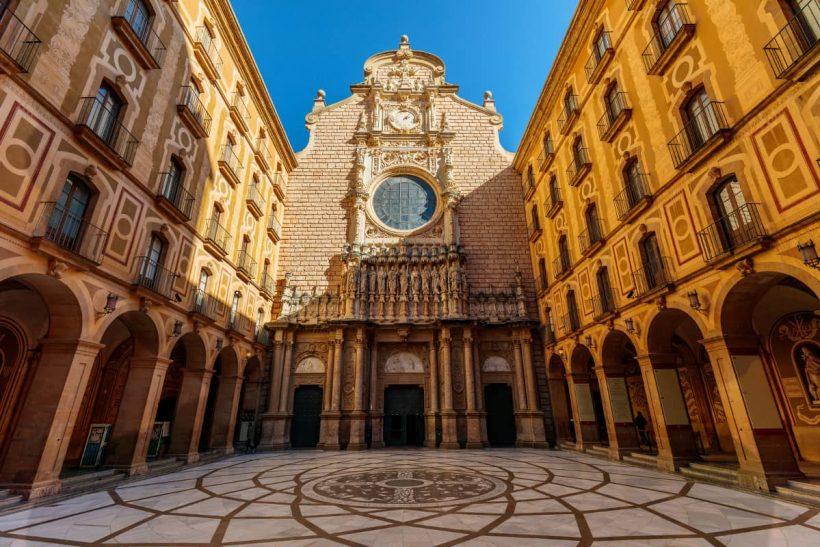 Jak zaplanować podróż Montserrat dzień od Barcelony