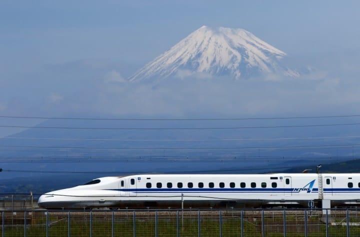 Кратка Пътеводител за Shinkansen – японския влак-стрела