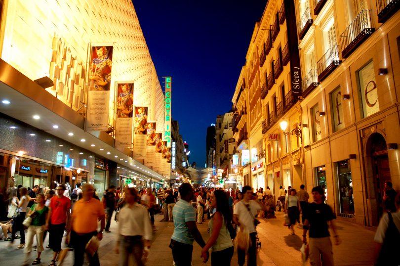 Hvor finder man de bedste butikker og markeder i Madrid