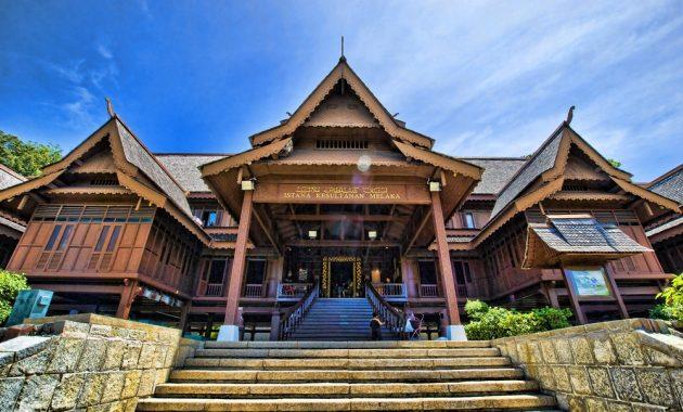 Besøk Malacca Sultanate Palace Museum i Malaysia