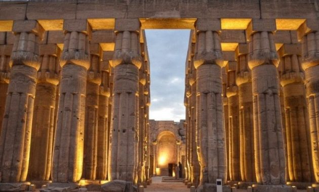 Een Visitor Guide to Luxor en Ancient Thebe, Egypte